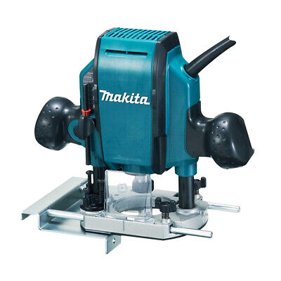 £138 • Buy Makita RP0900X Heavy Duty 1/4  / 3/8in Plunge Router 240V With Guide & Wrench