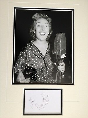 £35 • Buy Vera Lynn - Wwii Entertainer  Forces Sweetheart - Stunning Signed B/w Display