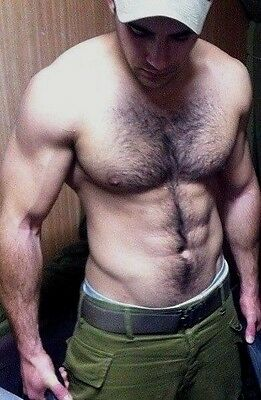 $ CDN3.52 • Buy Shirtless Male Muscular Hunk Hairy Chest Abs Beefcake Dude PHOTO 4X6 C502