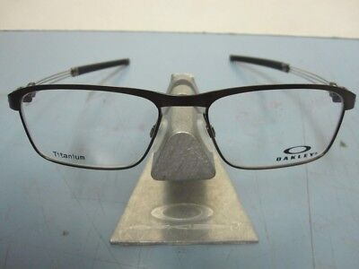 ff483dbe276 ... Limit Switch 0.5 Satin Toast Ox5119-0354 New Case. 79.99  View Details.  OAKLEY Mens Truss Rod RX Eyeglass Frame Satin Pewter OX5124-0253 NEW •  79.99