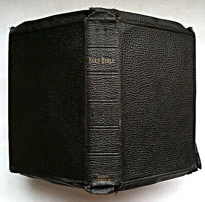 The Old And New Testaments, Holy Bible, C1920+ Eyre & Spottiswoode Minion 8vo • 35£