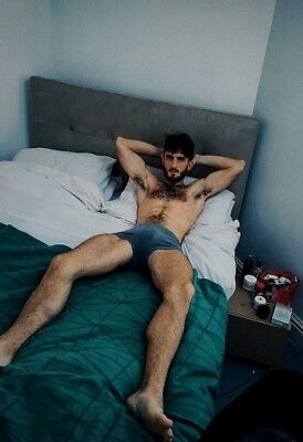$ CDN4.68 • Buy Shirtless Male Beefcake Hairy Chest Arm Pits Bare Foot Bed Hunk PHOTO 4X6 F1456