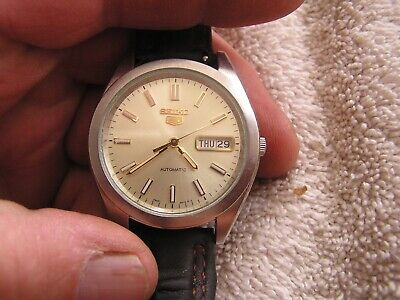 $ CDN127.61 • Buy Vintage Seiko 5 Watch Day Date Automatic 7S26-0420