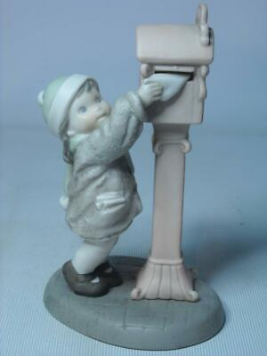 Enesco SENDING WARMEST WISHES Figurine Girl Posting Card In Postbox Kim Anderson • 12.95£