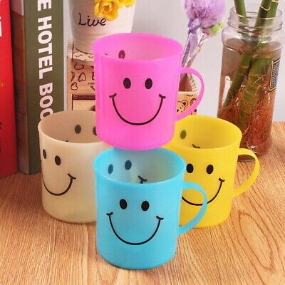 6 X Children's Smiley Face Plastic Cups Mugs Beakers With Handle Kids UK PzEOv • 6.85£