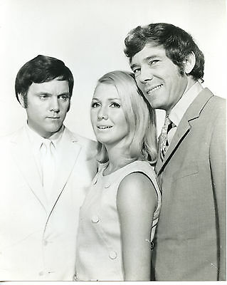 $ CDN10.57 • Buy Kenneth Cope,Annette Andre And Mike Pratt 8x10 Photo S3673