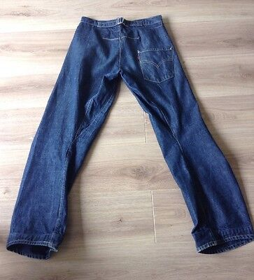 £60 • Buy Levi's Jeans Twisted / Engineered Cinch Back Size 29 X 32 Red Tab Vgc See Descrp