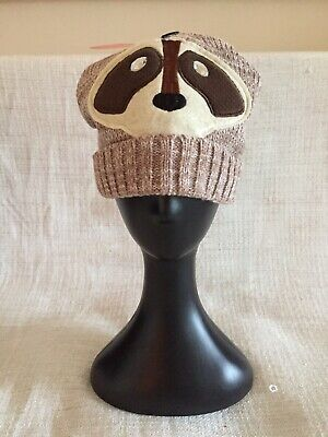 Fabulous Knitted Novelty Raccoon Beige Knitted Ski Hat, One Size • 3£