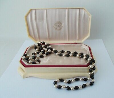 $49.95 • Buy Velina Pearl & Jewelry Box, Vintage, With 40  Faux Pearl & Black Jet Necklace