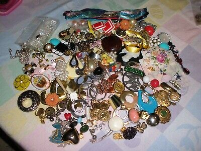 $ CDN33.95 • Buy Vintage Lot Of Fun Jewelry-all Wearable -2 Pounds