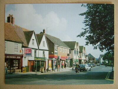 Postcard. BROADWAY (east), THATCHAM, BERKSHIRE. Unused. Mint Condition. • 2.95£
