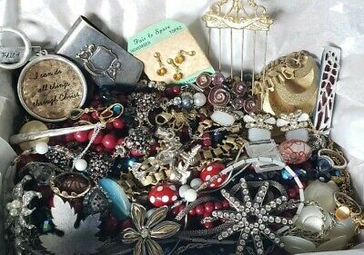 $ CDN21.79 • Buy Vintage Mod Jewelry Lot Necklaces  Brooch Signed Best Sarah Cov Les Georgettes +
