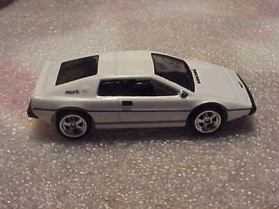 $ CDN6.33 • Buy Hot Wheels Mint Loose 007 The Spy Who Loved Me Lotus Esprit S1 With Real Riders