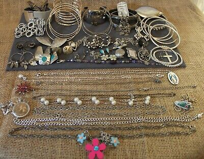 $ CDN25.83 • Buy Lot Of SILVER TONE JEWELRY Current & Vintage + MORE Ready To Ware