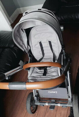 £200 • Buy Oyster 2 Pushchair (Limited Edition)