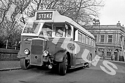 Bus PhotographPOTTERIES MOTOR TRACTION LVT 698 [SN 381] • 6.50£
