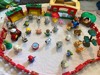 Fisher Price Little People Farm And Animals • 15£