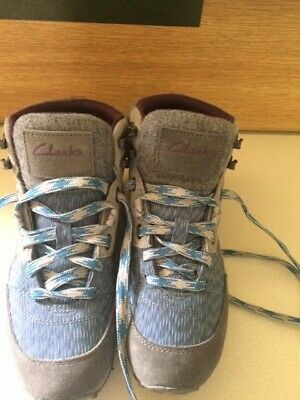 Clarks Blue And Grey Ladies Walking Boots • 5.10£