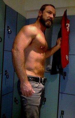 $ CDN4.53 • Buy Shirtless Male Beefcake Muscular Hairy Dude Older Hunk Stud 4X6 Photo C1363
