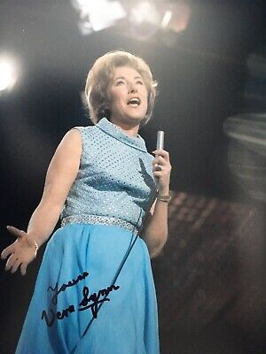 £35 • Buy Vera Lynn - Late Great Wwii Singer & Entertainer - Excellent Signed Photo