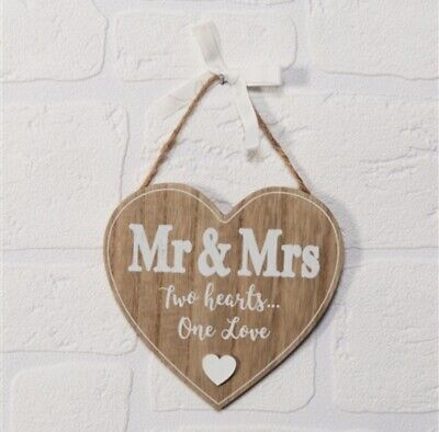 Hanging Heart Plaque Mr & Mrs Two Hearts One Love Wedding Anniversary Gift 💕 • 4.50£