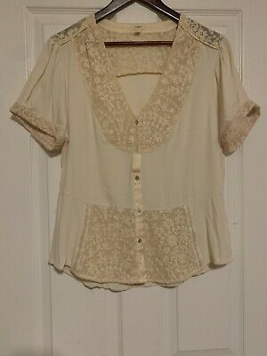 $ CDN35 • Buy Anthropologie - TINY Cream Floral Embroidered Buttoned Top. Size Large.