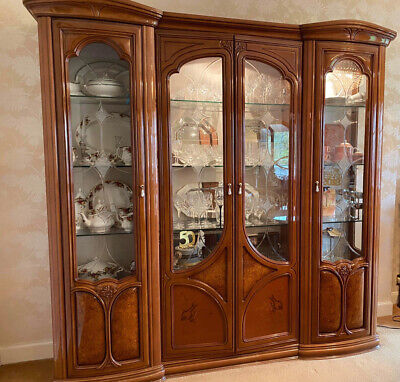 Italian Imported Dining Room Furniture • 1,995£