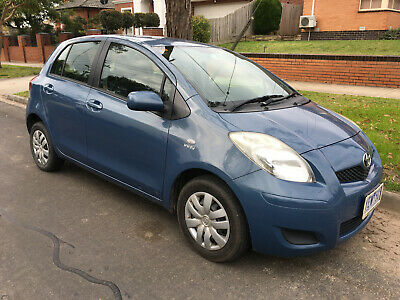 AU9400 • Buy Toyota Yaris 2010 YR 5 Door Automatic Hatchback Blue 1.3 Petrol