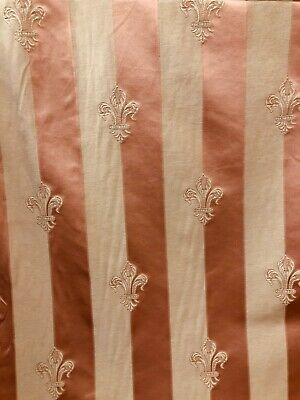 Peach Fleur De Lys Vertical Stripe Curtain Fabric Material 137 Cm Wide BR069 • 1.49£