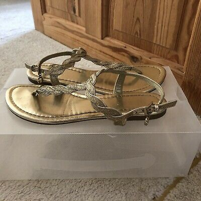 Guess Sandals Size 5 • 9£
