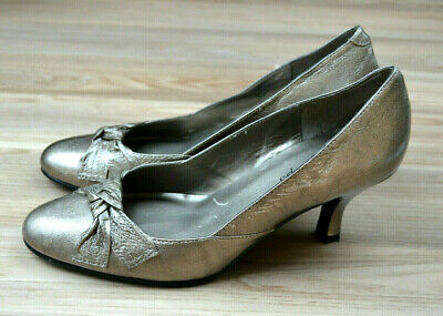 EASY STEPS Womens Leather Silver Pewter 'Oberon' Bow Heels Shoes - Size 8C • 10.93£