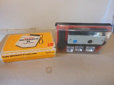 Old Kodak Instamatic 91 Camera ,,,,,,,73 • 6.15£