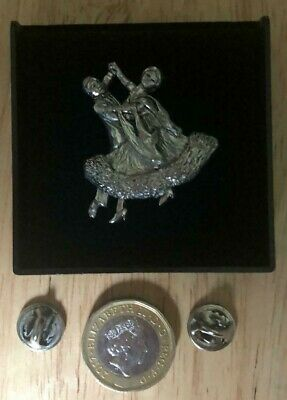 Ballroom Dancers Dancing Couple Real Pewter Pin Badge - Made In Uk - Gift- New • 4.25£
