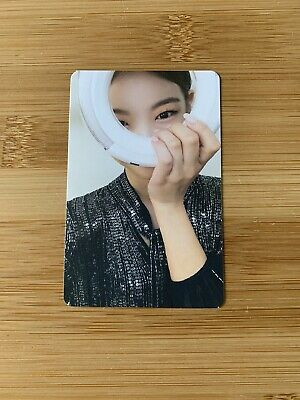 £6.95 • Buy Kpop Itzy Official Lia Light Ring Pre Order Photo Card