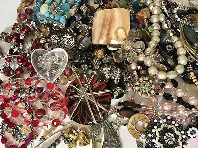$ CDN45 • Buy Vintage Junk Drawer Lot Great Beaded Items, Pins, Necklaces, Bracelets 2lbs