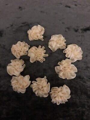10 X Ivory Small Fabric Flower Heads  • 2.25£