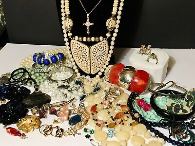 $ CDN170 • Buy Large Vintage Jewelry Mixed Untested Lot, Over 2lbs! Some Signed, Fully Wearable