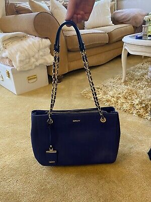 £40 • Buy Blue Dkny Bag With Chain Handles