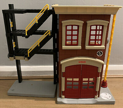 Imaginext Firestation Fire Station House Rescue Play Set Fisher Price • 10£