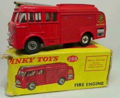 Vintage BOXED Dinky 259 Bedford Fire Engine 1960- 1967 • 58£