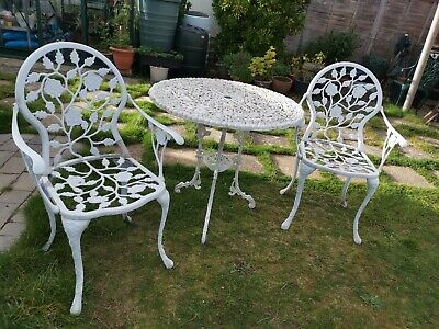 Cast Metal Garden Table And Carver Chairs Bistro Patio Set • 175.99£