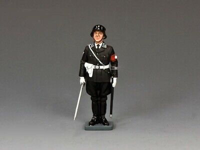 KING AND COUNTRY WW2 GERMAN Officer At Attention LAH255 • 42.95£