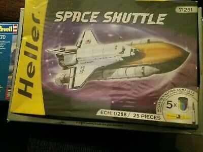 Heller Space Shuttle 1 288 Scale. 25 Pieces + Paints & Glue. New With Box Wear. • 9.99£