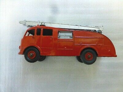 Dinky Supertoys 955 - Fire Engine With Extending Ladder Original Great Condition • 22.50£
