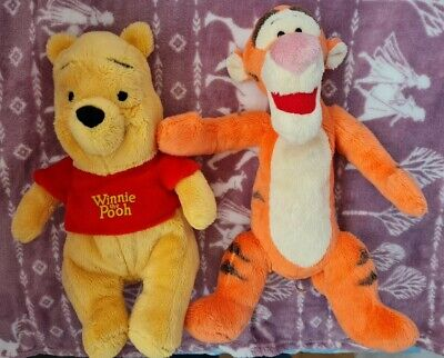 Winnie The Pooh And Tigger Soft Toy • 2£