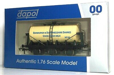 Dapol Edinburgh & Dumfriesshire Dairies 6 Wheel Tank Wagon • 14.99£