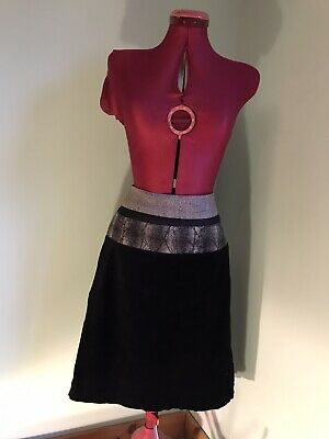 Ladies Lovely St-martins Skirt Size Medium Lined Used In Good Condition • 11£