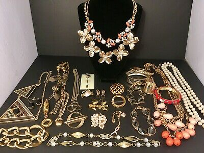 $ CDN80 • Buy Vintage To Modern Gold Tone Jewelry Lot, A+ Quality, Some Signed, Pearls, Bling