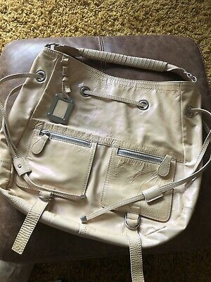 Lovely Large Russell&Bromley Handbag - Beige Patent Leather Bag • 25£