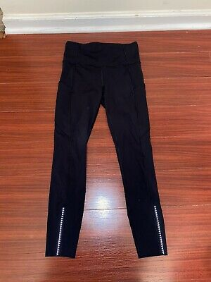$ CDN31.29 • Buy Lululemon 7/8 Length Hi-Rise Leggings Black Athletic Logo High Waist Sz 6